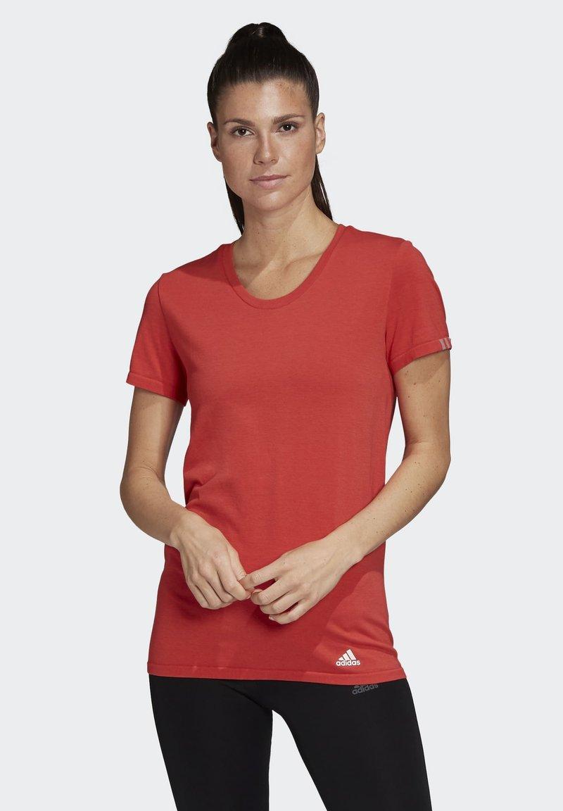 adidas Performance - 25/7 T-SHIRT - Printtipaita - glory red