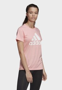 adidas Performance - MUST HAVES BADGE OF SPORT T-SHIRT - Print T-shirt - glory pink