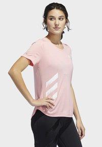 adidas Performance - RUN IT 3-STRIPES FAST T-SHIRT - Print T-shirt - glory pink - 3