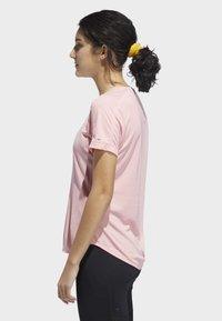 adidas Performance - RUN IT 3-STRIPES FAST T-SHIRT - Print T-shirt - glory pink - 2