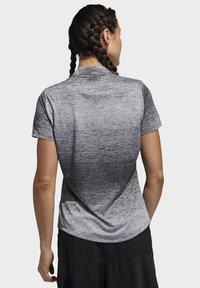adidas Golf - GRADIENT POLO SHIRT - T-shirts med print - white - 1