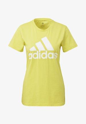 MUST HAVES BADGE OF SPORT T-SHIRT - Printtipaita - yellow