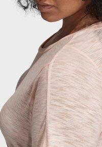 adidas Performance - WINNERS SHORT SLEEVE CREW T-SHIRT (PLUS SIZE) - T-shirt print - pink - 5