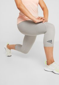 adidas Performance - 3/4 sports trousers - solid grey - 3
