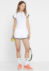 adidas Performance - CLUB SHORT - Träningsshorts - white/black - 1