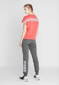 adidas Performance - LIN PANT - Pantaloni sportivi - dark grey/purple - 0