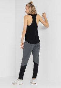 adidas Performance - CLIMACOOL PANT - Pantalon de survêtement - grey - 2