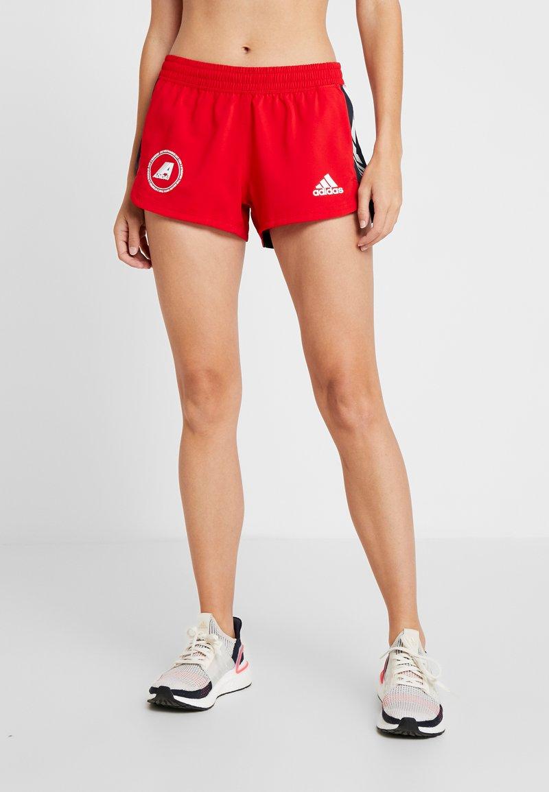 adidas Performance - SPORT CLIMALITE WORKOUT GRAPHIC SHORTS - Pantalón corto de deporte - scarlet