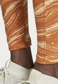 adidas Performance - BELIEVE THIS WANDERLUST LEGGINGS - Leggings - orange - 5