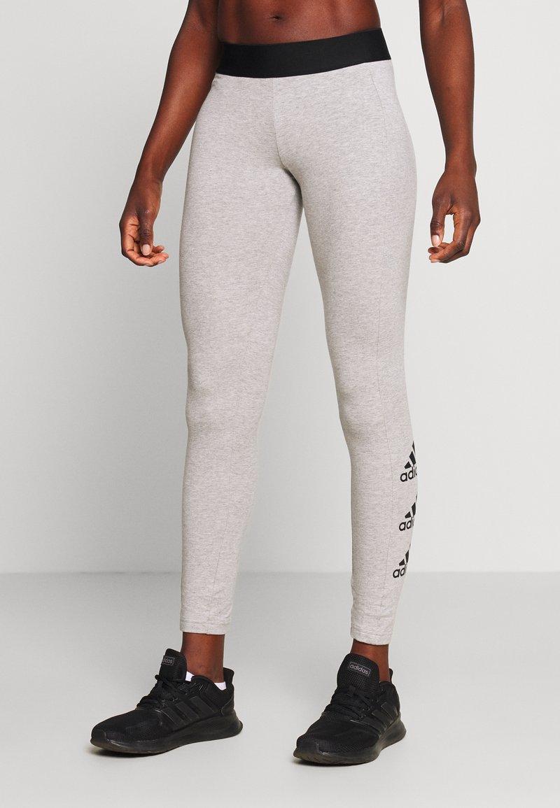 adidas Performance - ESSENTIALS SPORT INSPIRED COTTON LEGGINGS - Legginsy - grey/black