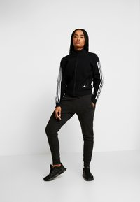 adidas Performance - Träningsbyxor - black/grey six - 1