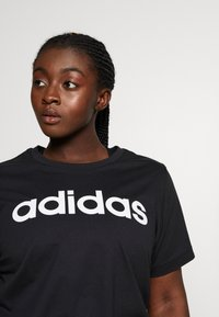 adidas Performance - T-shirt print - black/white - 4