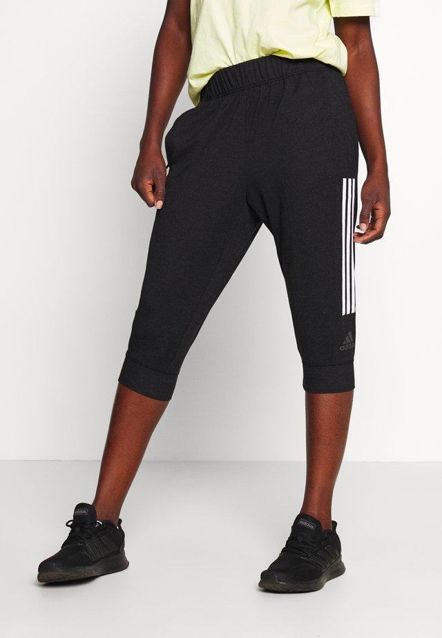 3/4 Sporthose - black/white