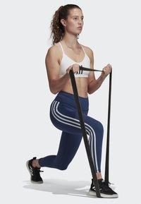adidas Performance - BELIEVE THIS 3-STRIPES 7/8 LEGGINGS - Collants - tech indigo - 1