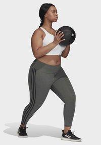 adidas Performance - BELIEVE THIS 3-STRIPES 7/8 LEGGINGS (PLUS SIZE) - Legging - grey - 1
