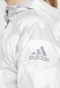 adidas Performance - CAMO LINING WINDBREAKER - Windbreaker - white/light grey - 5