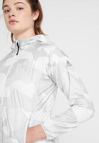 adidas Performance - CAMO LINING WINDBREAKER - Windbreaker - white/light grey - 3