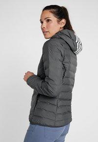 adidas Performance - VARILITE 3-STRIPES SOFT HOODED DOWN JACKET - Winter jacket - carbon - 2