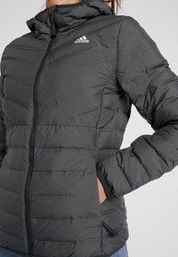 adidas Performance - VARILITE 3-STRIPES SOFT HOODED DOWN JACKET - Winter jacket - carbon - 5