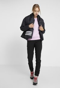 adidas Performance - BIG BAFFLE WINTER JACKET - Zimní bunda - black - 1