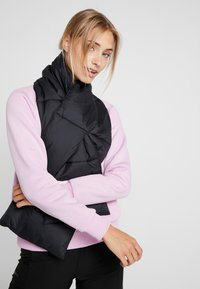 adidas Performance - BIG BAFFLE WINTER JACKET - Zimní bunda - black - 4