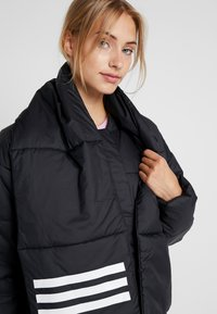 adidas Performance - BIG BAFFLE WINTER JACKET - Zimní bunda - black - 5