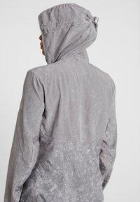 adidas Performance - OWN THE RUN - Sports jacket - grey three - 5