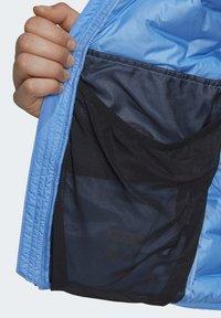 adidas Performance - LIGHT DOWN HOODED JACKET - Down jacket - blue - 3