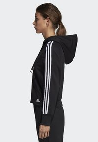 adidas Performance - MUST HAVES 3-STRIPES FRENCH TERRY HOODIE - Mikina na zip - black - 2