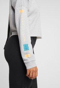 adidas Performance - GLOBAL CREW - Sweatshirt - medium grey heather - 4
