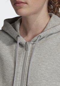 adidas Performance - MUST HAVES 3-STRIPES HOODIE - Hettejakke - grey - 2
