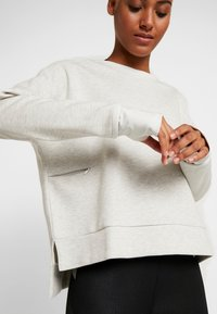 adidas Performance - CREW - Sweatshirt - light grey - 5