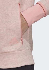 adidas Performance - MUST HAVES VERSATILITY HOODIE - Hettejakke - pink - 5