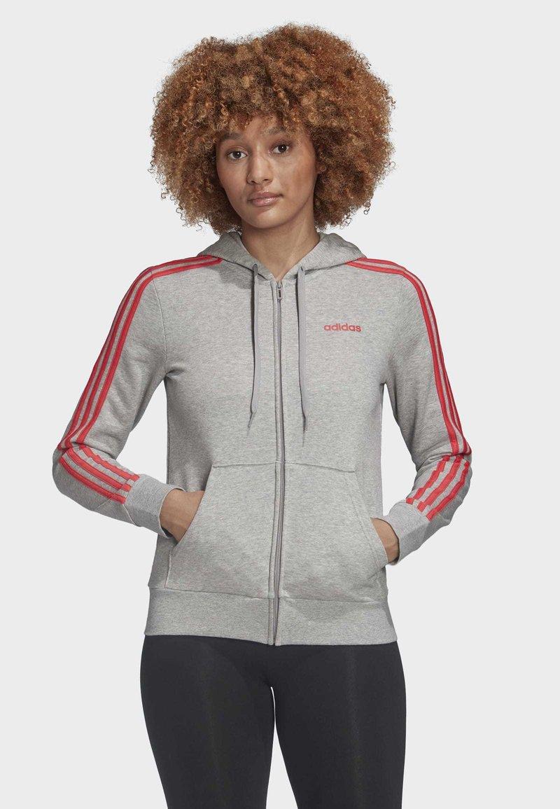 adidas Performance - ESSENTIALS 3-STRIPES HOODIE - Hettejakke - grey