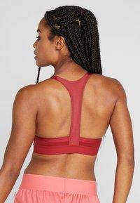 adidas Performance - CLIMALITE WORKOUT BRA - Sports bra - dark red - 2
