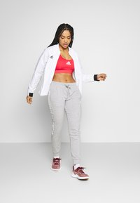 adidas Performance - DESIGNED4TRAINING WORKOUT BRA MEDIUM SUPPORT - Sport BH - red - 1