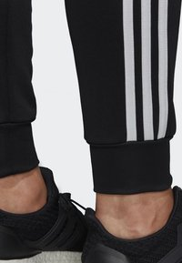 adidas Performance - BIG BADGE OF SPORT TRACKSUIT - Tracksuit - black - 5