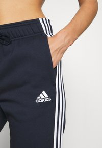 adidas Performance - ENERGIZ SET - Trainingspak - coral - 5