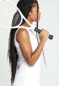 adidas Performance - CLUB DRESS SET - Abbigliamento sportivo - white - 2