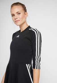 adidas Performance - DRESS - Jerseykjole - black - 3