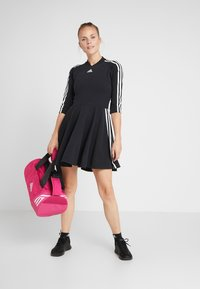 adidas Performance - DRESS - Jerseykjole - black - 1