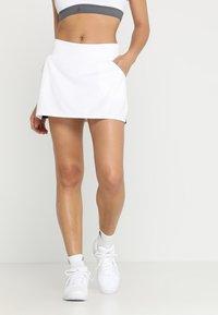 adidas Performance - CLUB SKIRT - Spódnica sportowa - white - 0