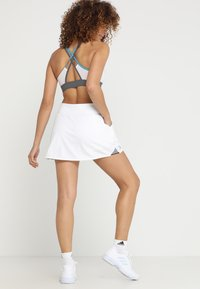 adidas Performance - CLUB SKIRT - Spódnica sportowa - white - 2