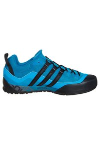 adidas Performance - TERREX SWIFT SOLO HIKING SHOES - Hiking shoes - dark solar blue/black - 5