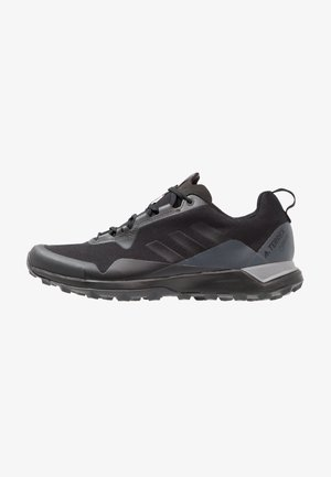 TERREX CMTK GORE TEX - Trail running shoes - core black/grey three