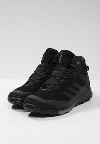 adidas Performance - TERREX TIVID MID CLIMAPROOF HIKING SHOES - Obuwie hikingowe - black - 2
