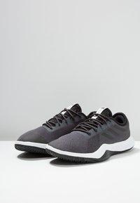 adidas Performance - CRAZYTRAIN LT M - Træningssko - grey five/core black/grey two - 2