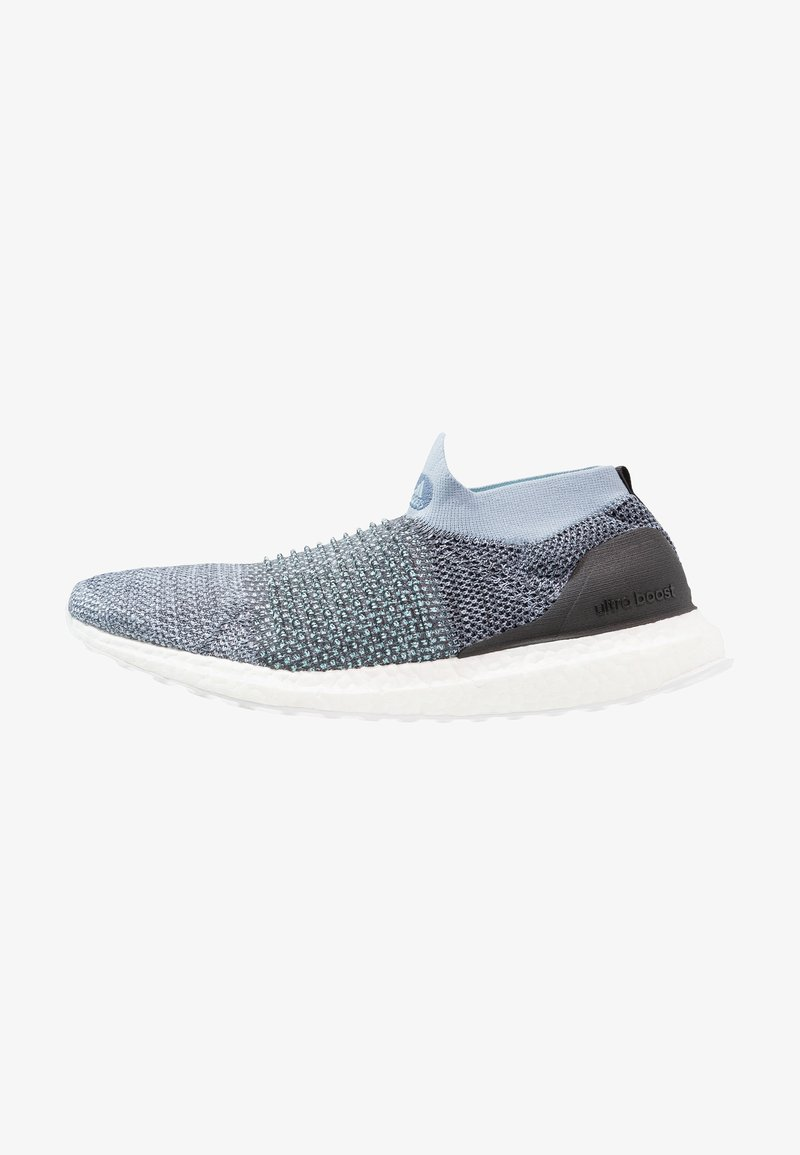 adidas Performance - ULTRABOOST LACELESS PARLEY - Laufschuh Neutral - raw grey/carbon/blue