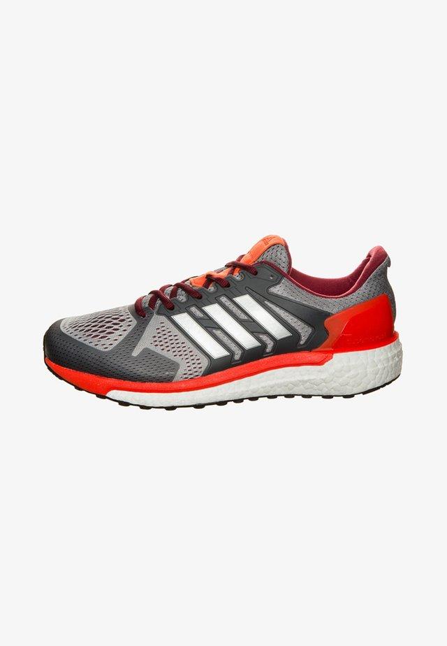 SUPERNOVA ST  - Neutral running shoes - mid grey/silver metallic/energy
