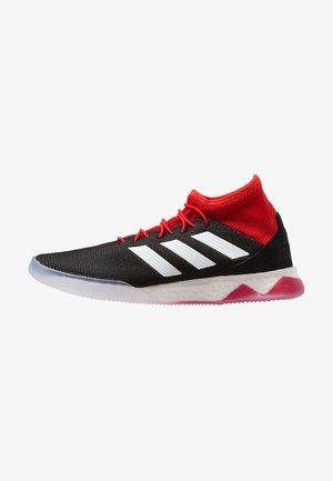 PREDATOR TANGO 18.1 TR - Botas de fútbol sin tacos - core black/footwear white/red